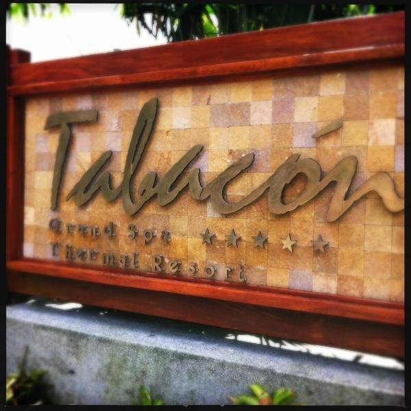 Entrada hotel Tabacón Grand Spa