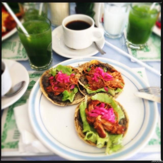 Desayuno de panuchos la chaya maya