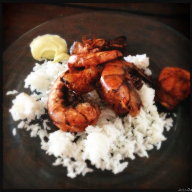 Cama de arroz con camarones