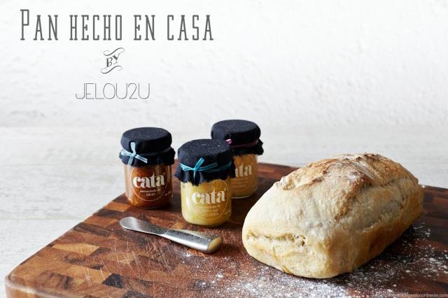 Pan con mermeladas caseras