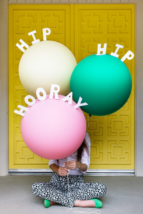 DIY-Pop-Up-Message-Balloons-600x900